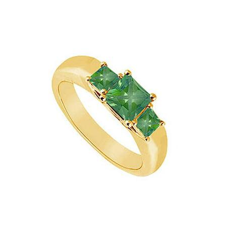 Three Stone Emerald Ring 14K Yellow Gold 0.33 CT TGW - image 1 of 2