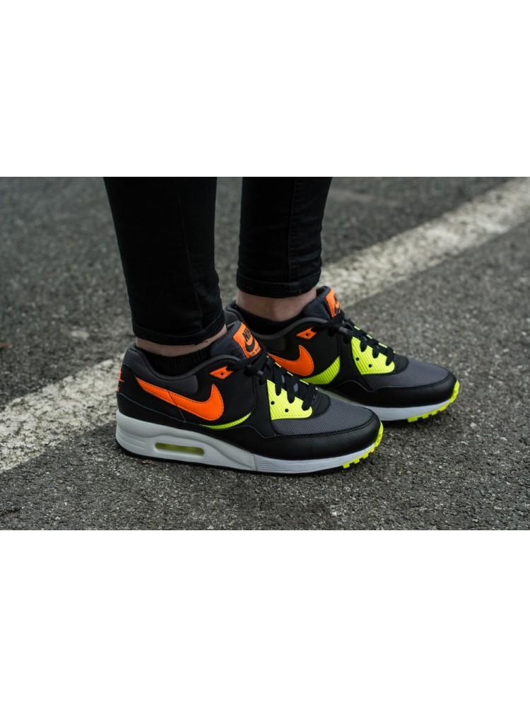finest selection 48153 eb4b7 Nike - Nike Air Max Light Gs 653823-004 - Walmart.com