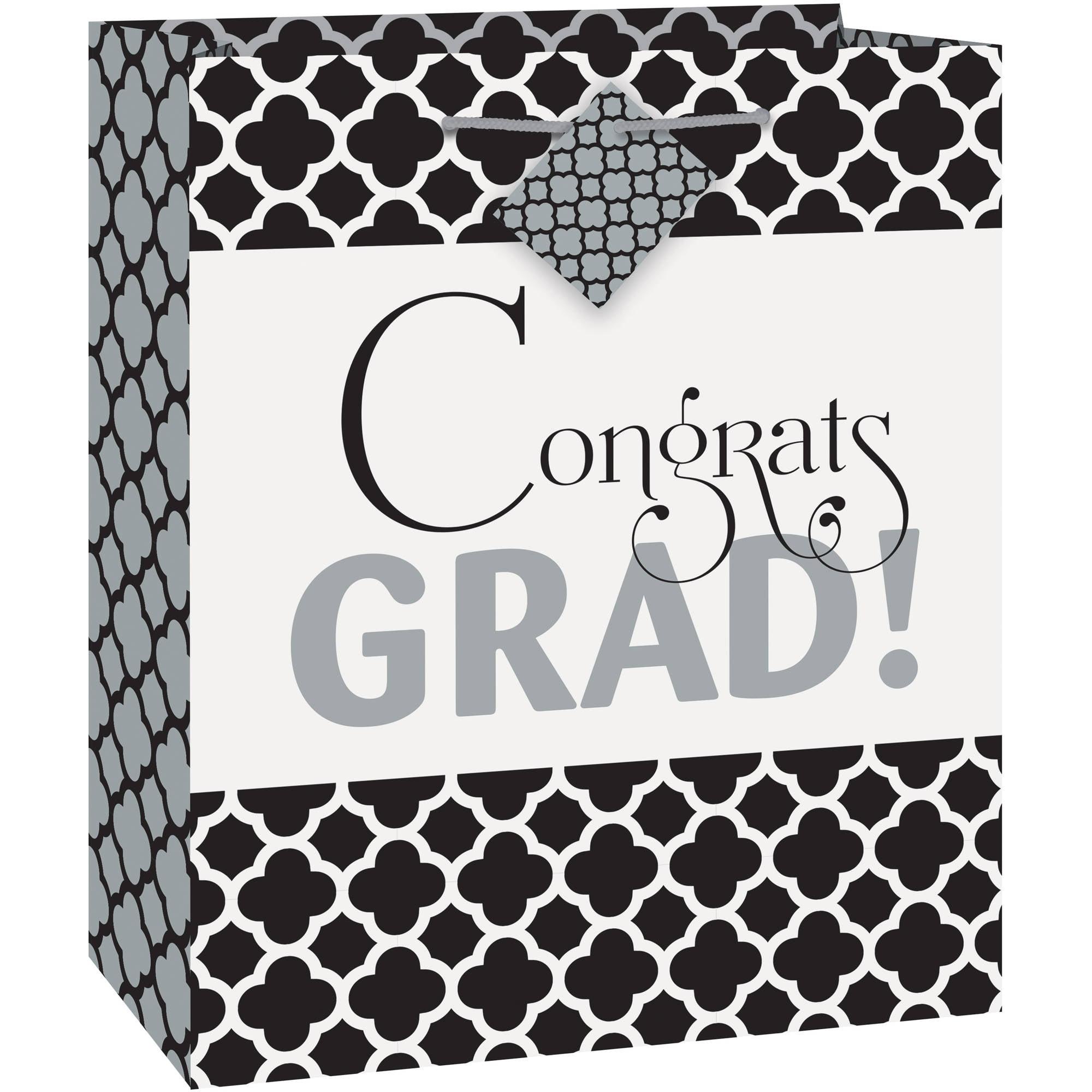 Quatrefoil Graduation Gift Bag