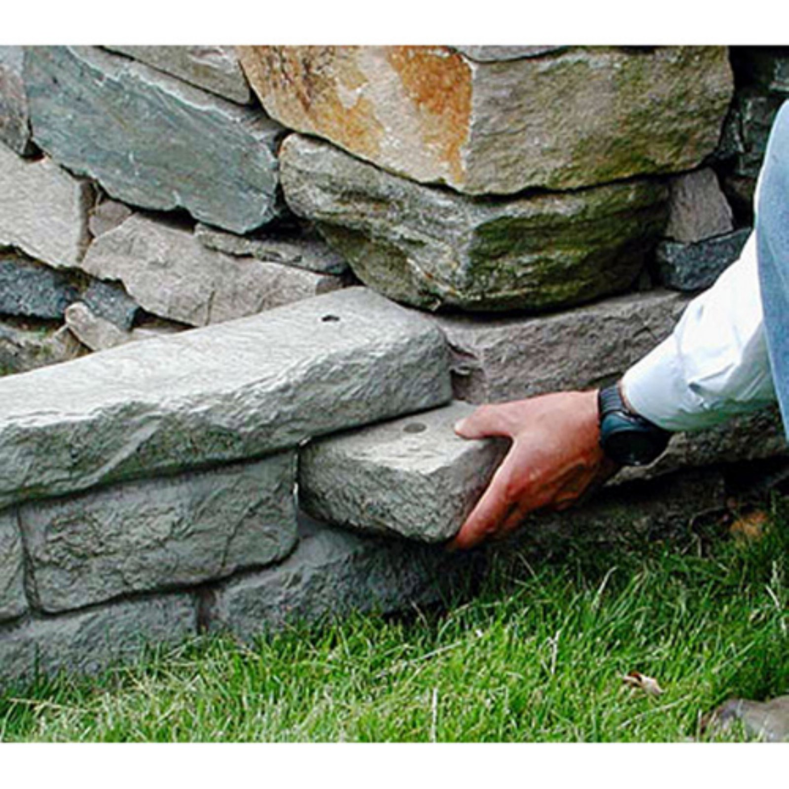 "Rock Lock End Rock Pack (3 pcs) w/ one 18"" spike"