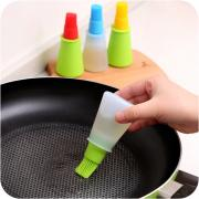 Merkts Oil Bottle Brush,Creative Push-type Silicone Heat-resistant Dust Removal Brush Cooking Oil Brush Barbecue Tool