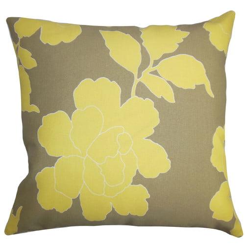 The Pillow Collection Verda Floral Outdoor Throw Pillow
