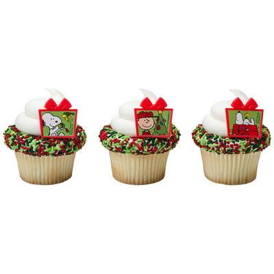 Peanuts Christmas Presents Cupcake Rings - 24 Rings (Snoopy Cupcakes)
