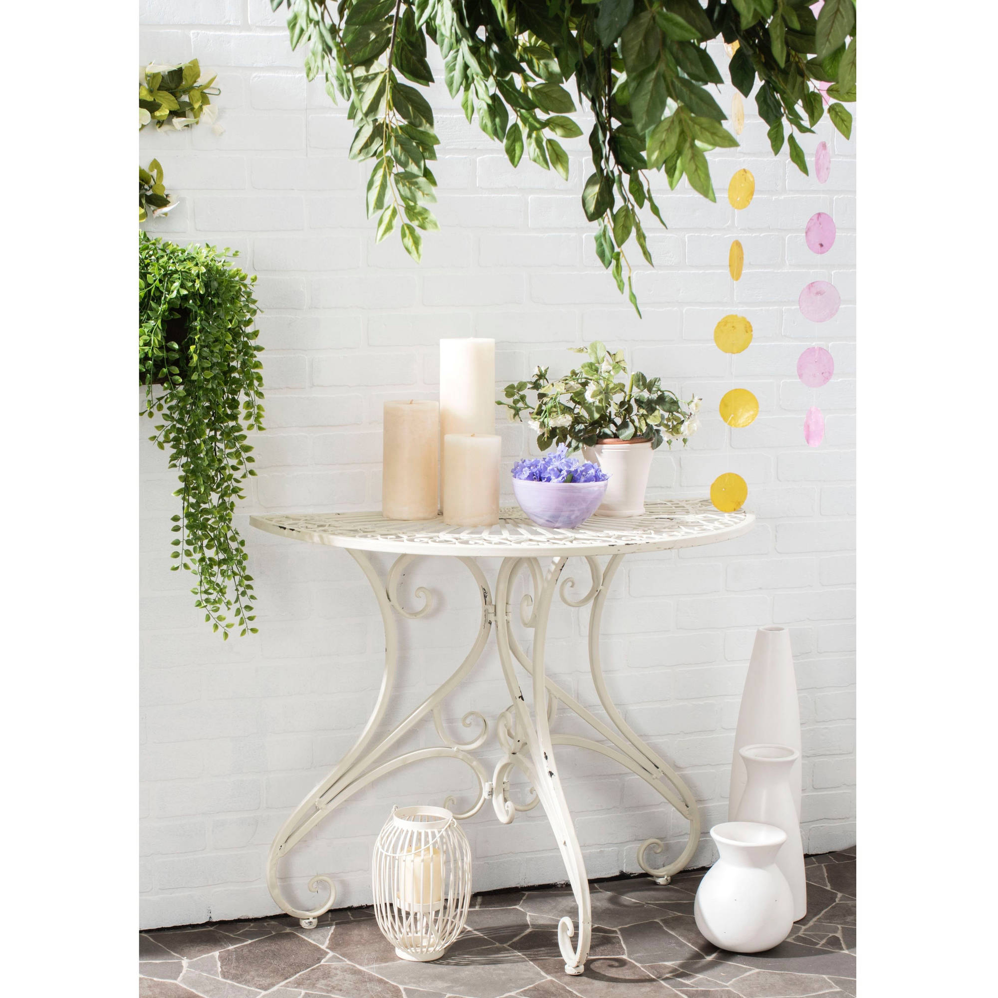 Safavieh Annalise Outdoor Accent Table, Antique White by Safavieh