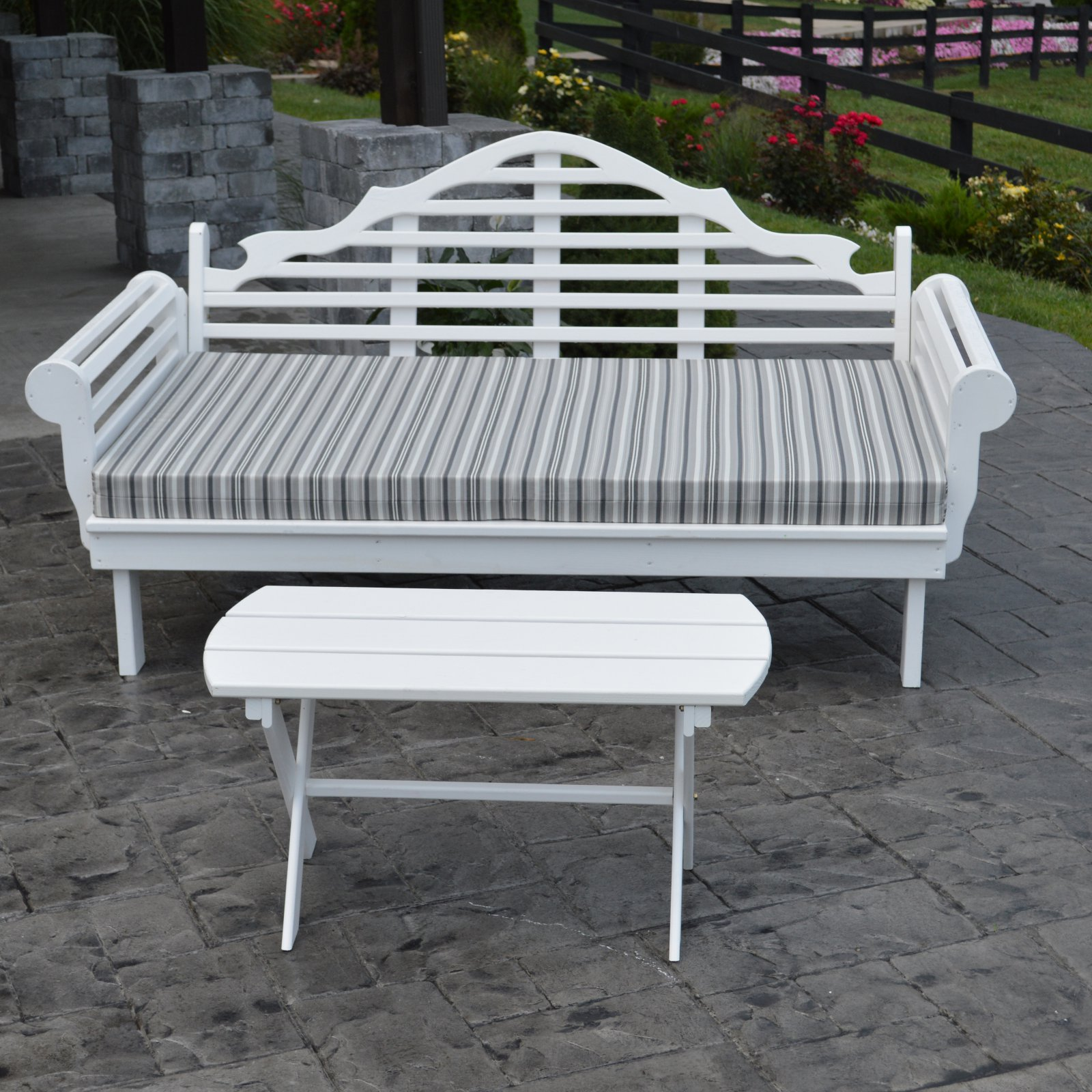 A & L Furniture Yellow Pine Marlboro Daybed