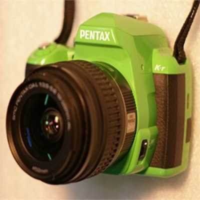 Pentax K-r 12.4 MP Digital SLR Camera w/18-55 mm Lens- Green