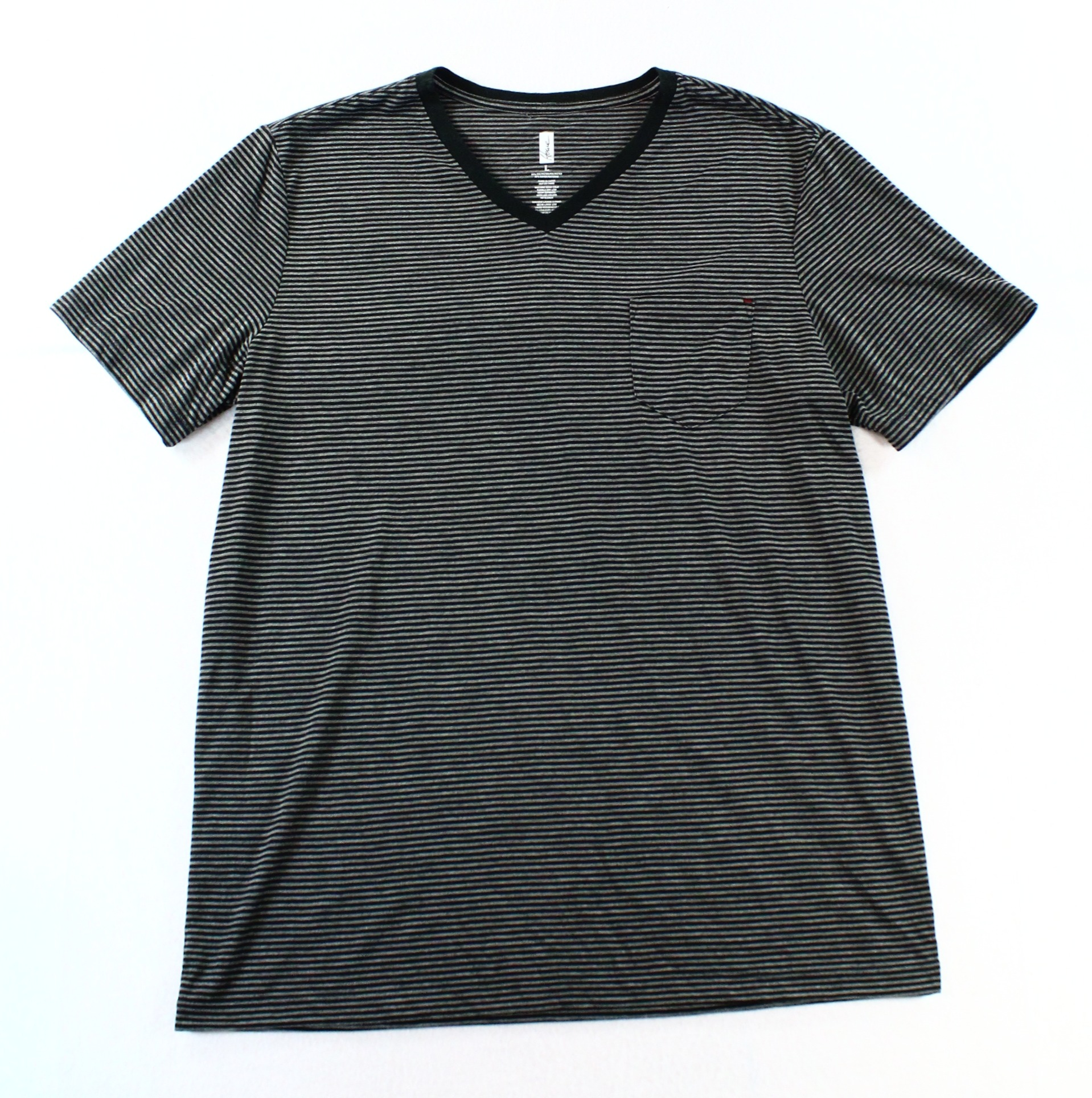 Howe NEW Black Gray Mens Size XL Striped V-Neck Tee T-Shirt