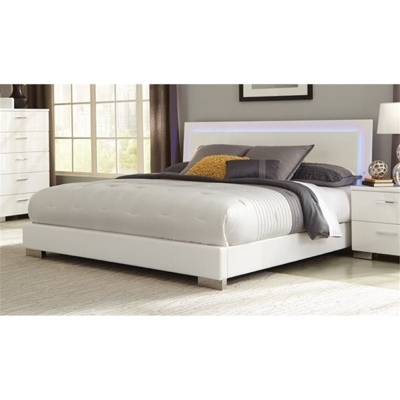 Bowery Hill King Lighting Platform Bed in High Gloss White