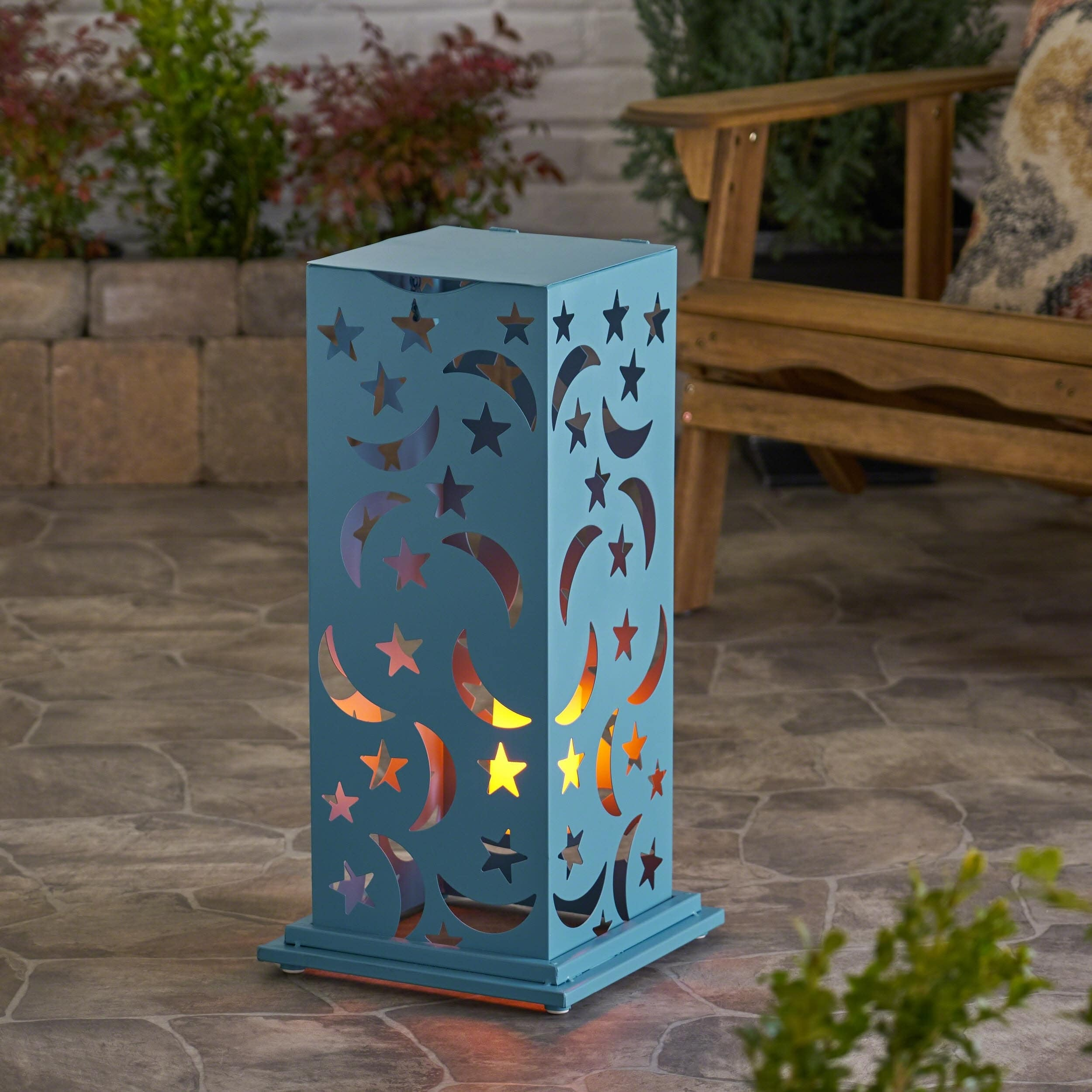 Christopher Knight Home Romeo Outdoor 23-Inch Cutout Lantern by