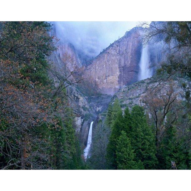 Yosemite Fall Poster: Yosemite Falls In Spring Yosemite National Park California