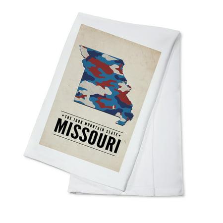 Missouri - The Iron Mountain State - Camo State - Lantern Press Poster (100% Cotton Kitchen Towel)