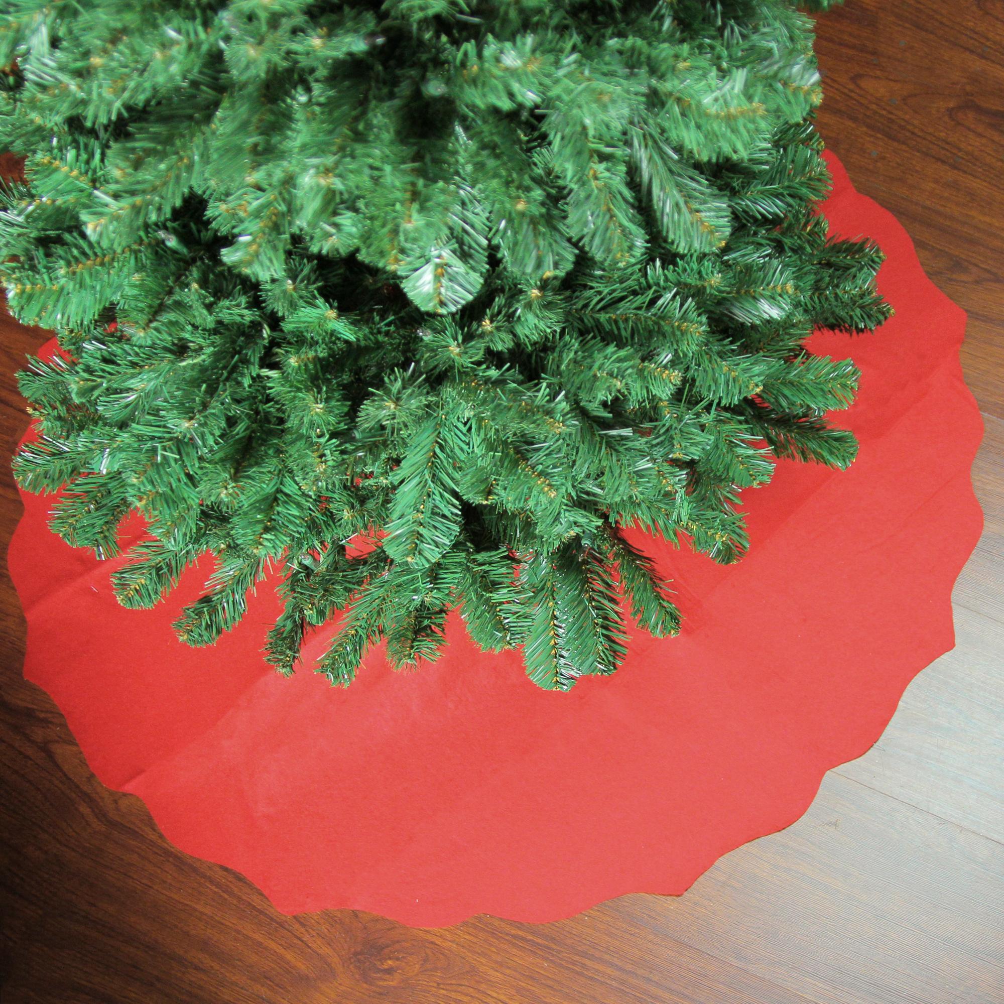 "38"" Cardinal Red Scalloped Edge Round Christmas Tree Skirt"