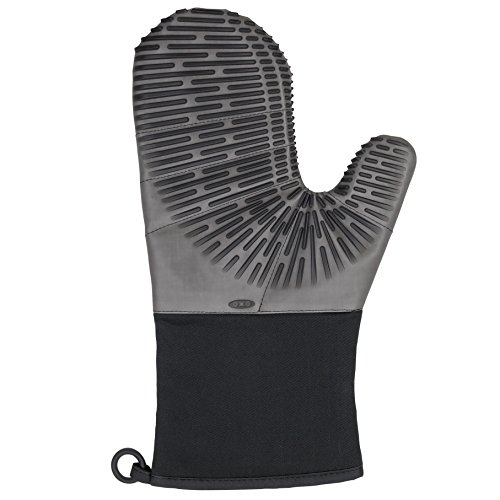 OXO Good Grips Silicone Oven Mitt with Magnet, Licorice Black
