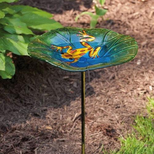Evergreen Flag & Garden Frog Bird Bath