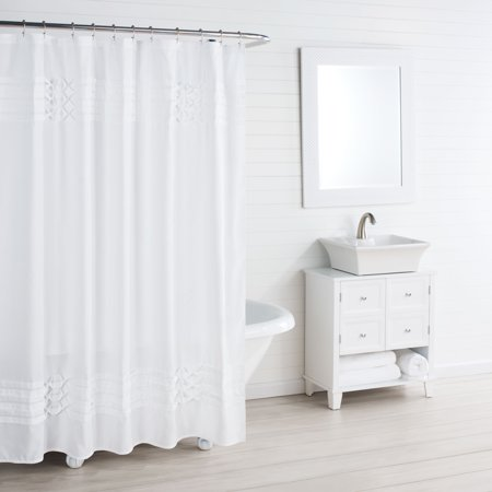 City Scene Triple Diamond White Shower Curtain - Halloween 5 Shower Scene