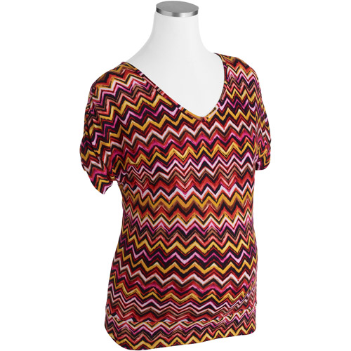 Maternity Zigzag Vneck Top With Flattering Side Ruching