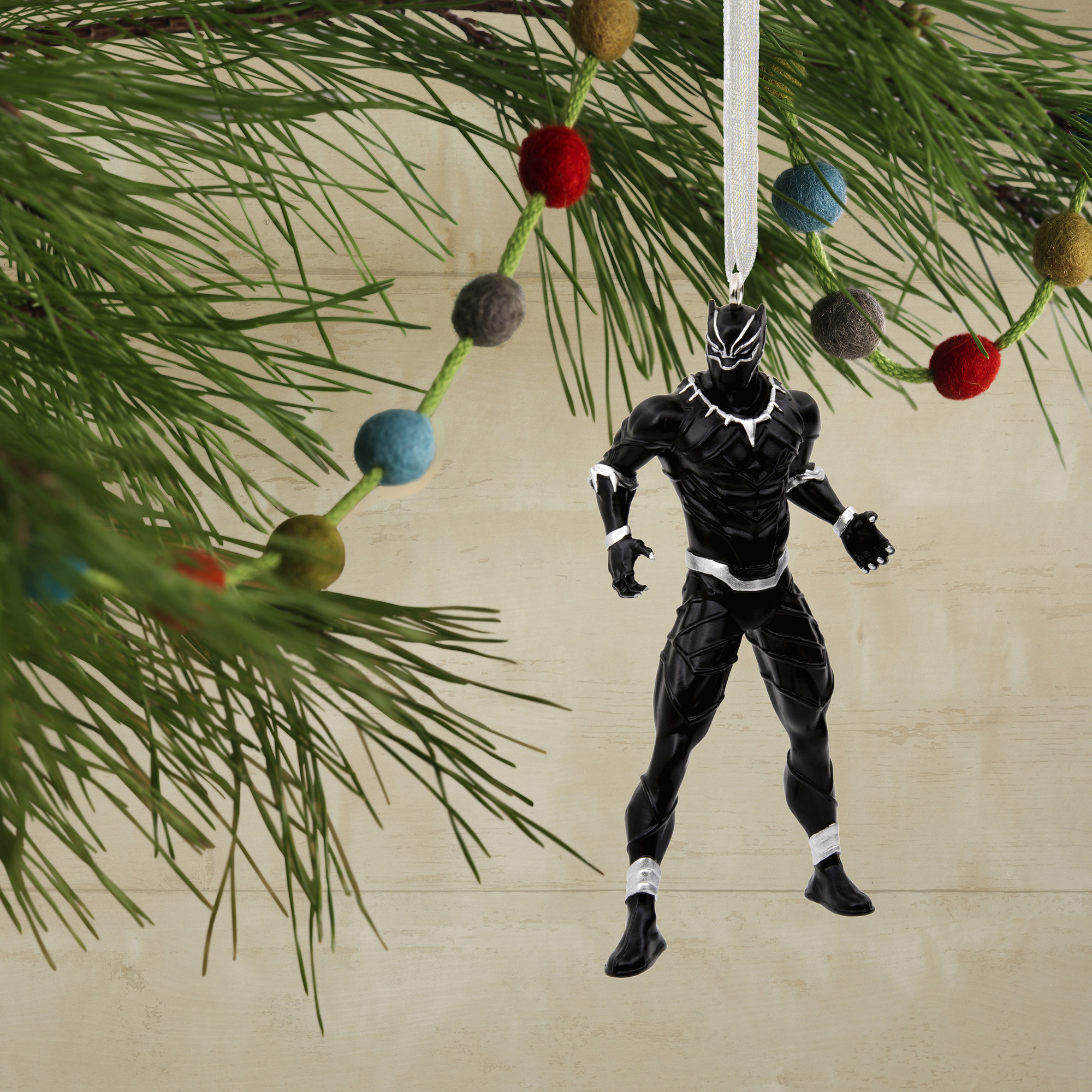 "Marvel The Avengers Black Panther Vinyl 4/"" Custom Made Christmas Tree Ornament"