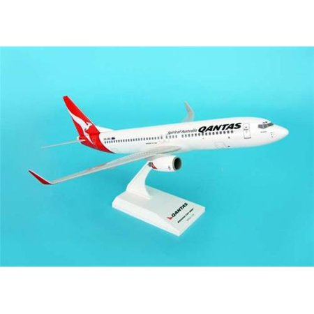 Daron Skymarks Qantas 737-800 1/130 Model Kit
