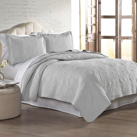 3 Pc Solid Medallion Embroidered Quilt Set Full Queen