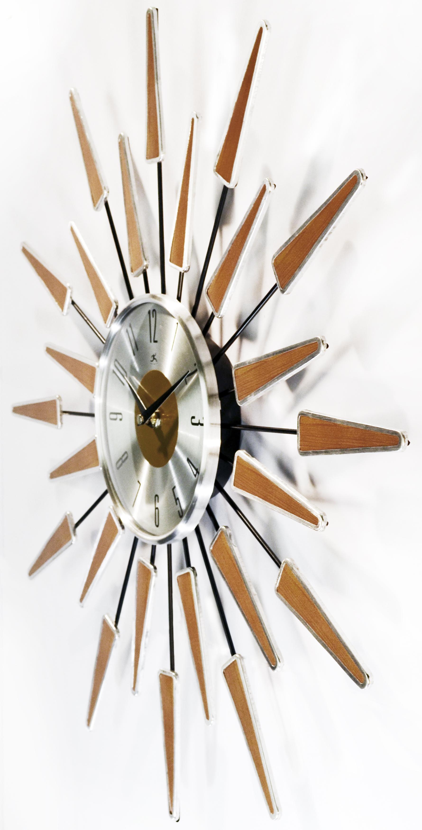 Image of: Sunburst Clock Mid Century Modern Wall Decor Vintage Starburst Retro Metal Art Wall Clocks