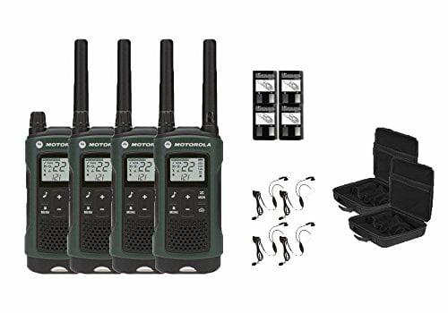 Motorola Talkabout T465 Two-Way Radios   Walkie Talkies Weatherproof 22 Channels PTT IVOX Flashlight 4-PACK by MOTOROLA