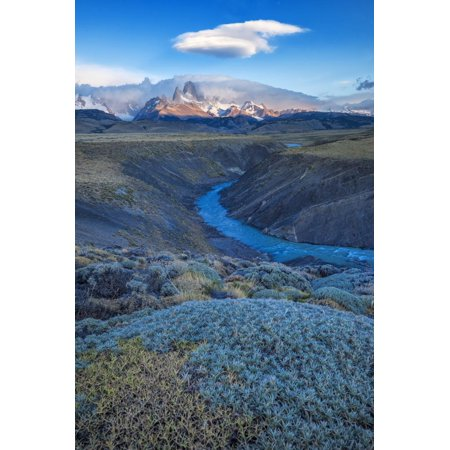South America, Patagonia, Argentina, El Chalten, Mount Fitz Roy in Los Glaciares National Park Print Wall Art By Christian