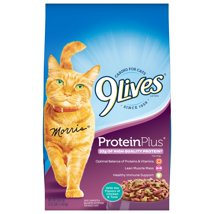 Cat Food: 9Lives Protein Plus