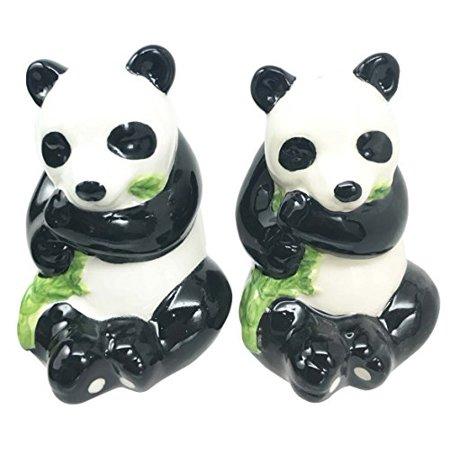 Adorable Bamboo Loving China Giant Panda Bear Salt Pepper Shaker Set Ceramic Home and Kitchen -