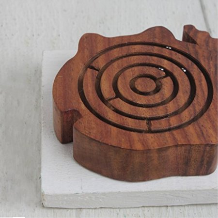 Ball in Maze - Wooden Labyrinth Puzzle - Holiday Board Game - Travel Toy Brain Teaser for Kids Adults (Fish)