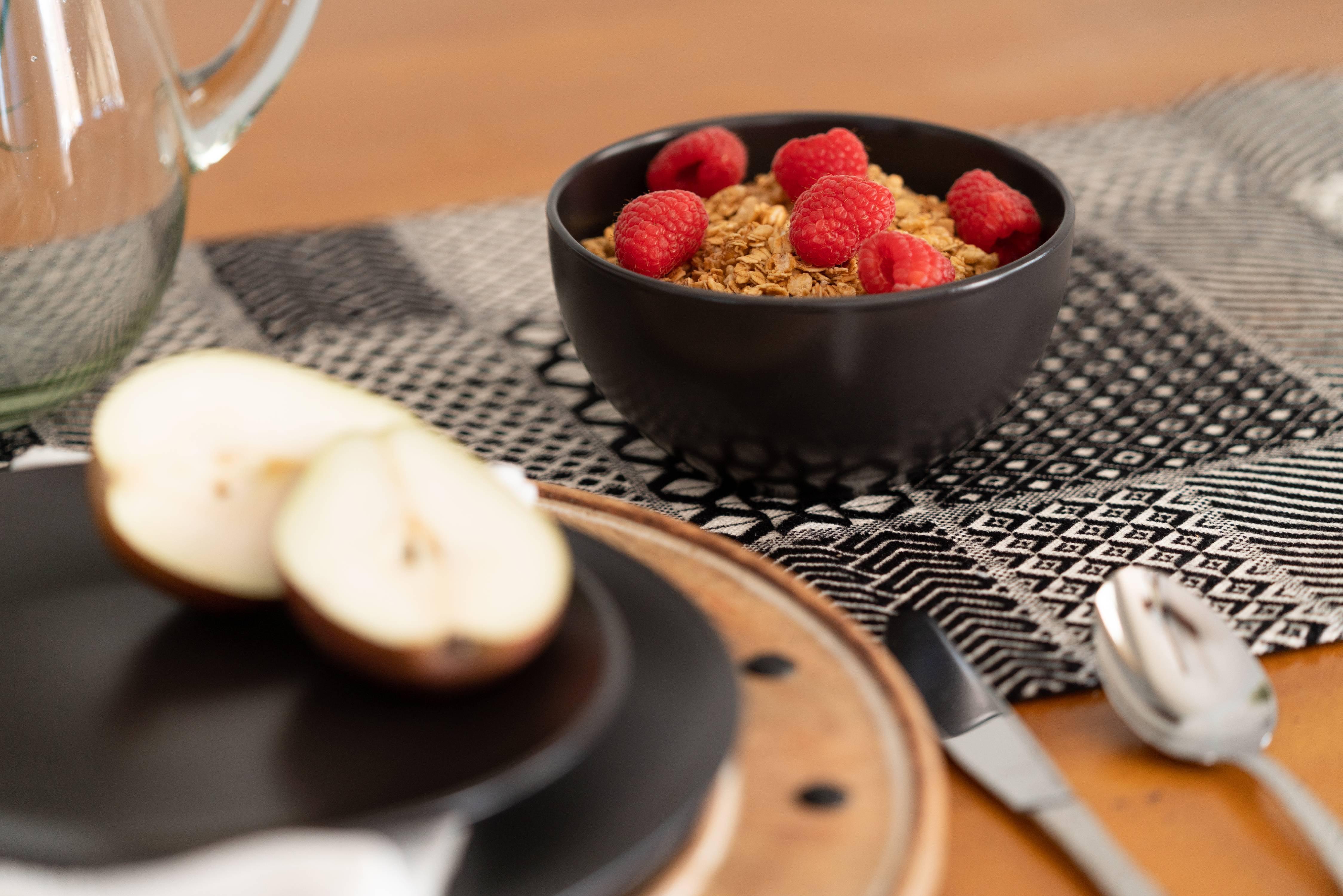 Black 5.5//16 Oz Cereal Bowl Set of 6 10 Strawberry Street Wazee Matte
