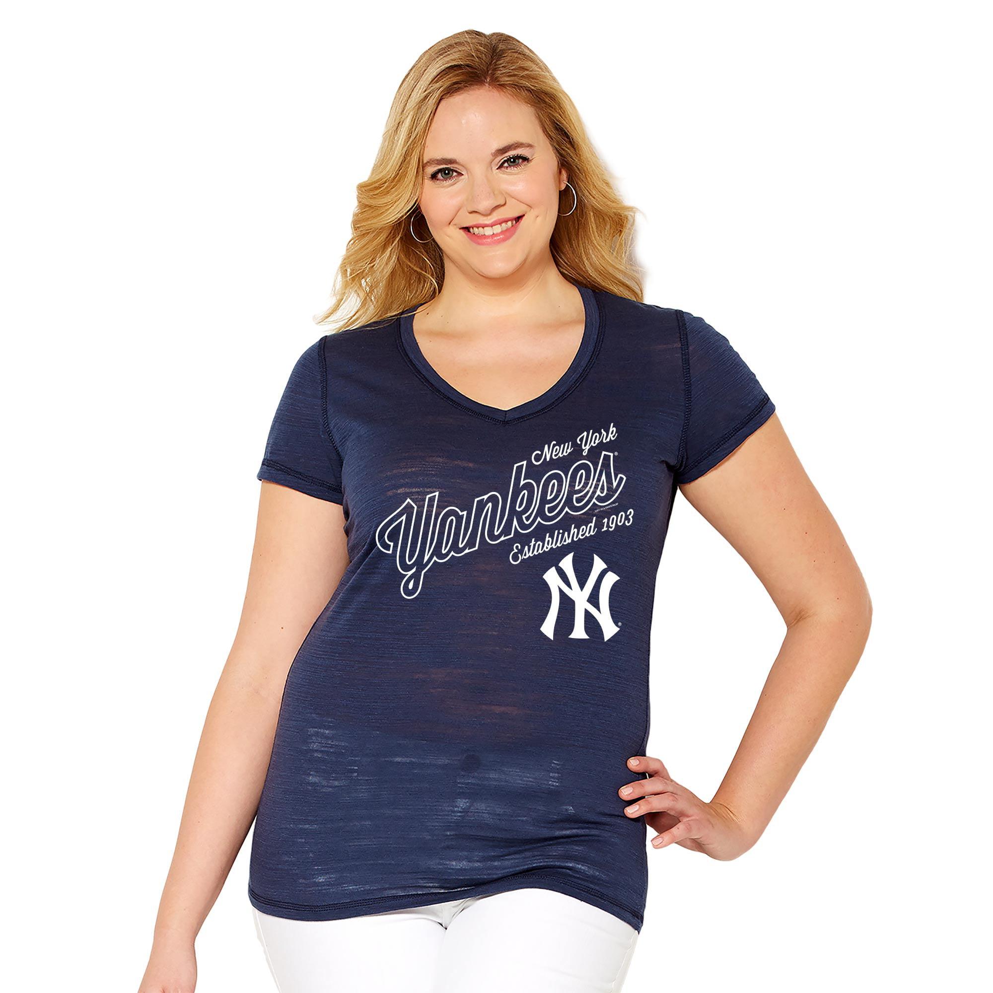 New York Yankees Soft As A Grape Women's Plus Size Fastball V-Neck T-Shirt - Navy