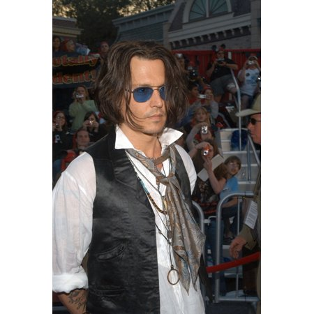 Johnny Depp At Arrivals For DisneyS Pirates Of The Caribbean At WorldS End Premiere Disneyland Anaheim Ca May 19 2007 Photo By Tony GonzalezEverett Collection Celebrity Disney World Pirate