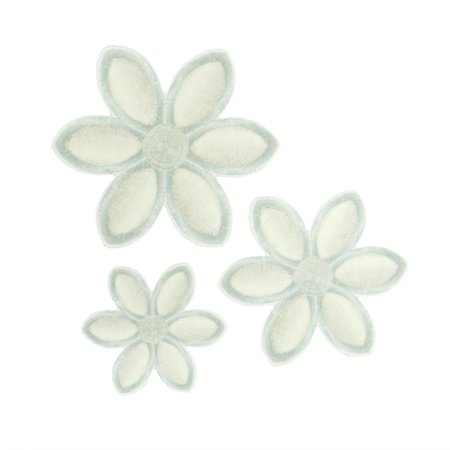 120ea - Assorted Pearl White Dainty Flower Tags by Paper Mart