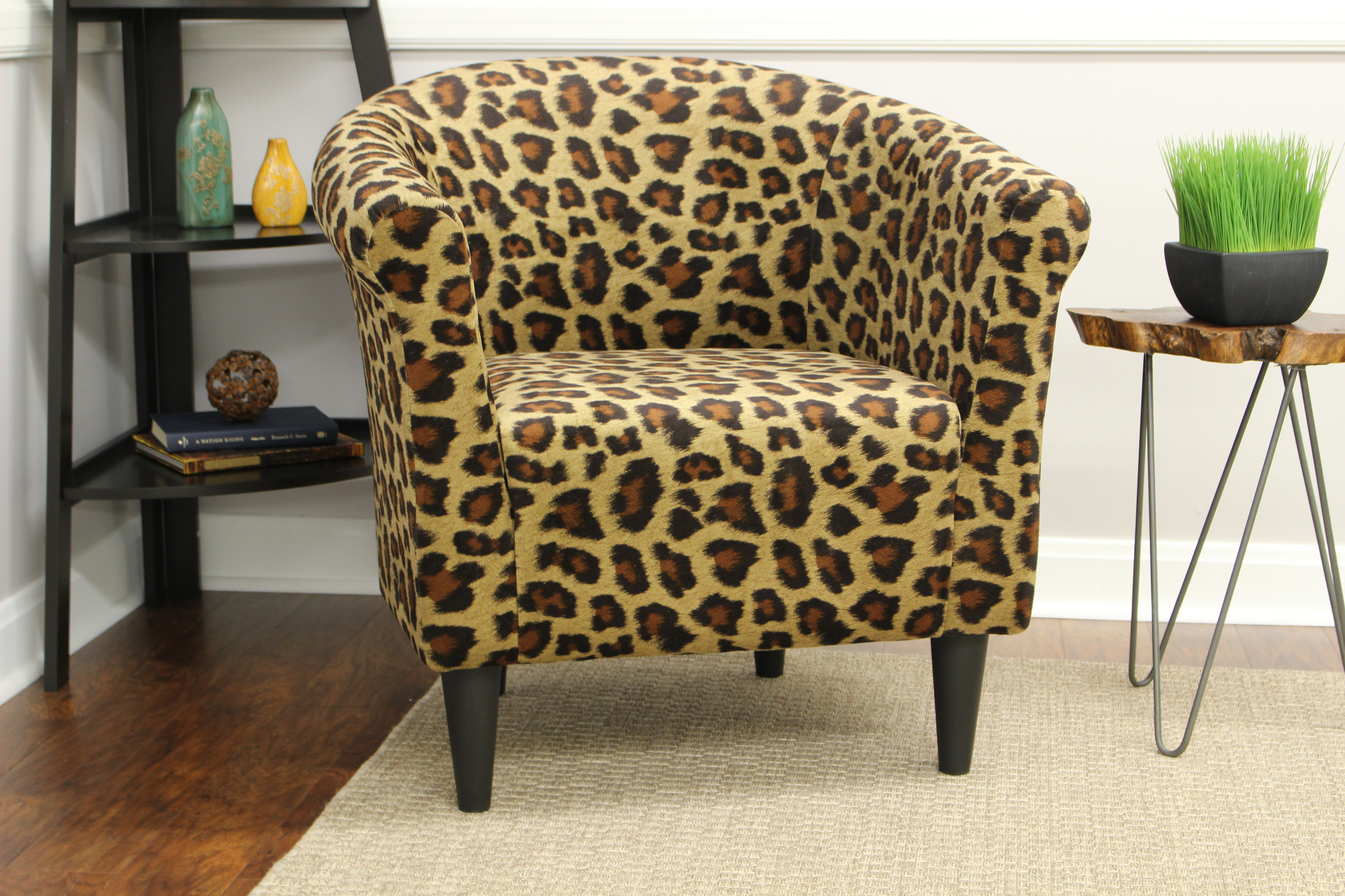Charmant Leopard Print Accent Chair Armchair Barrel Design Animal Print Club  Upholstered
