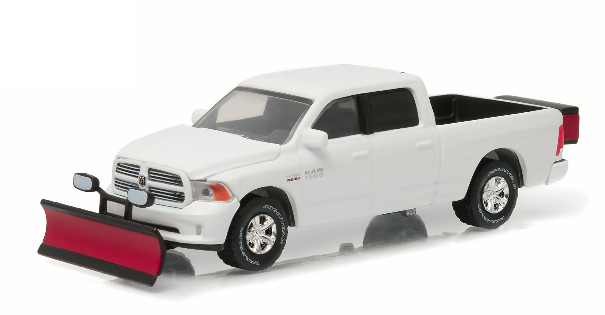 Greenlight 1:64 2015 Ram 1500 With Snow Plow and Salt Spreader (Hobby Exclusive) by Salt Spreaders