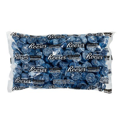 987ef3d66 Reese's Peanut Butter Cups Miniatures in Blue, 66.7 Ounces - Walmart.com