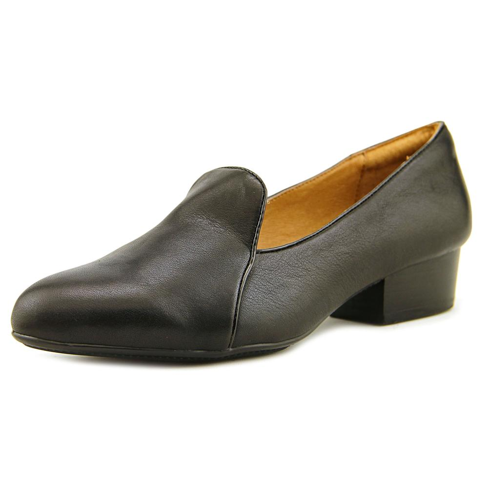 Sofft Begonia Round Toe Leather Oxford by Sofft