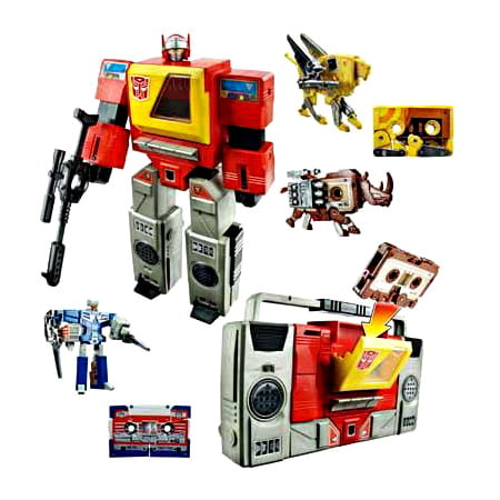 2007 Exclusive Action Figure (Transformers Exclusives Autobot Blaster Exclusive Action Figure )
