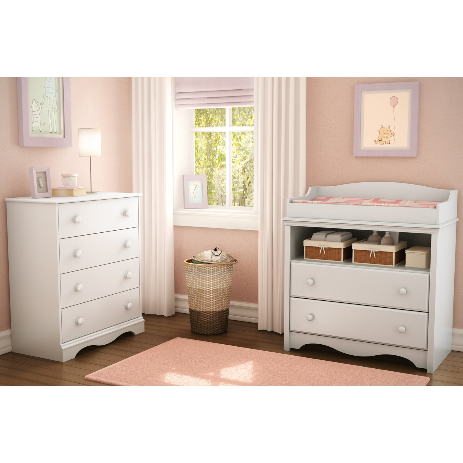 South Shore Heavenly Changing Table and 4 Drawer Chest Set by South Shore