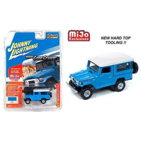 Johnny Lightning  1/64 Scale 1980 Toyota Land Cruiser Hard Top Blue Diecast Model Car JLCP7161