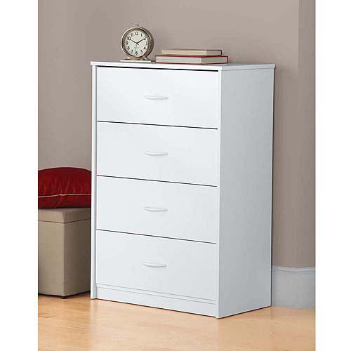 4 draer white dresser or chest