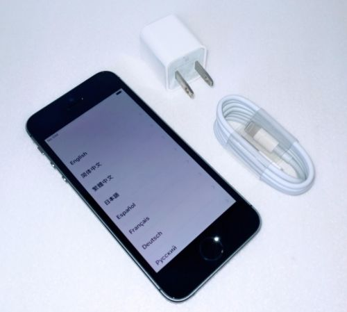 Apple iPhone 5s - 16GB - Space Gray A1533 (AT) Smartphone...