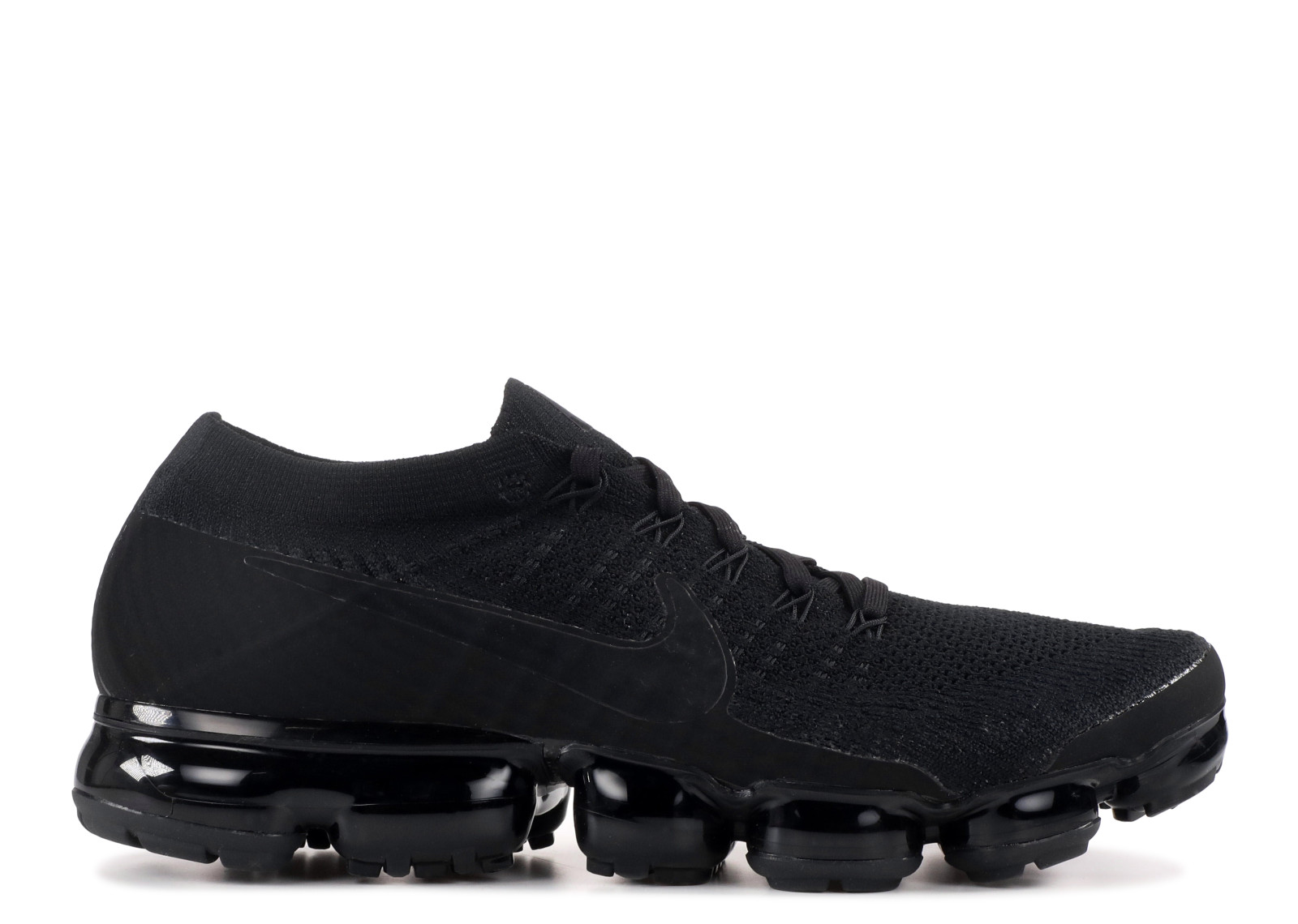 wide selection of colors classic chic top style Nike - Men - Nike Air Vapormax Flyknit 'Triple Black ...