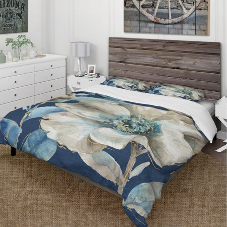 DESIGN ART Designart 'Indigold Watercolor Flower I' Cottage Bedding Set - Duvet Cover & Shams