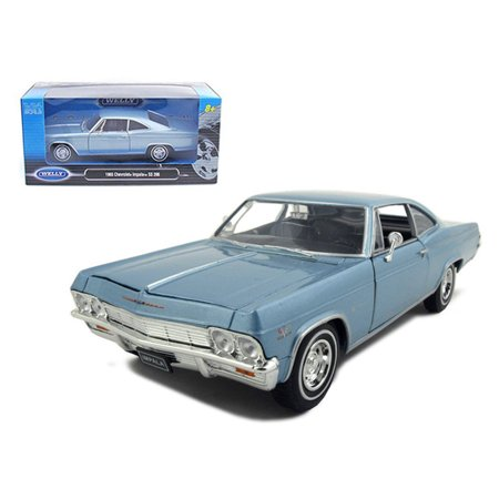 1965 Chevrolet Impala SS 396 Light Blue 1/24 Diecast Model Car by Welly ()