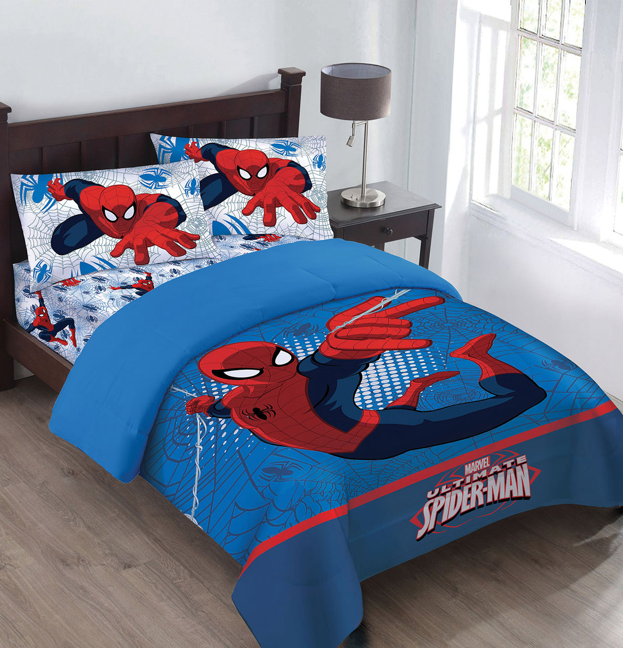 Marvel The Spiderman Webbed Wonder Twin Comforter Set with Fitted Sheet