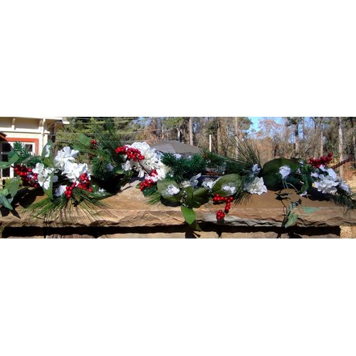 Mills Floral Hydrangea and Berry Garland