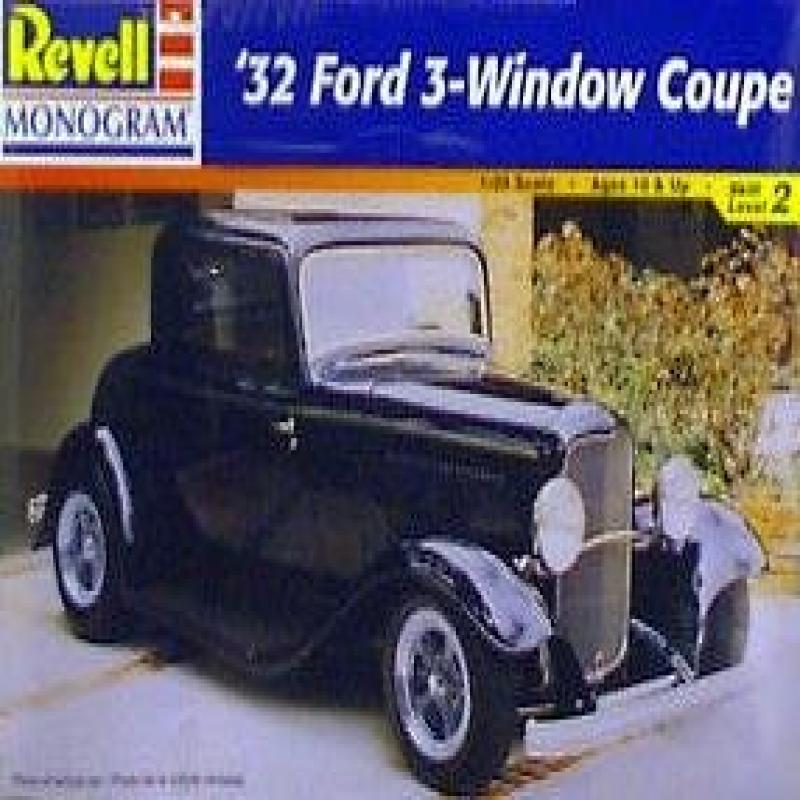REVELL-MONOGRAM 32 FORD 3-Window Coupe