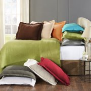 Superior 100-Percent Cotton Geometric Fret Scalloped Matelasse Bedspread