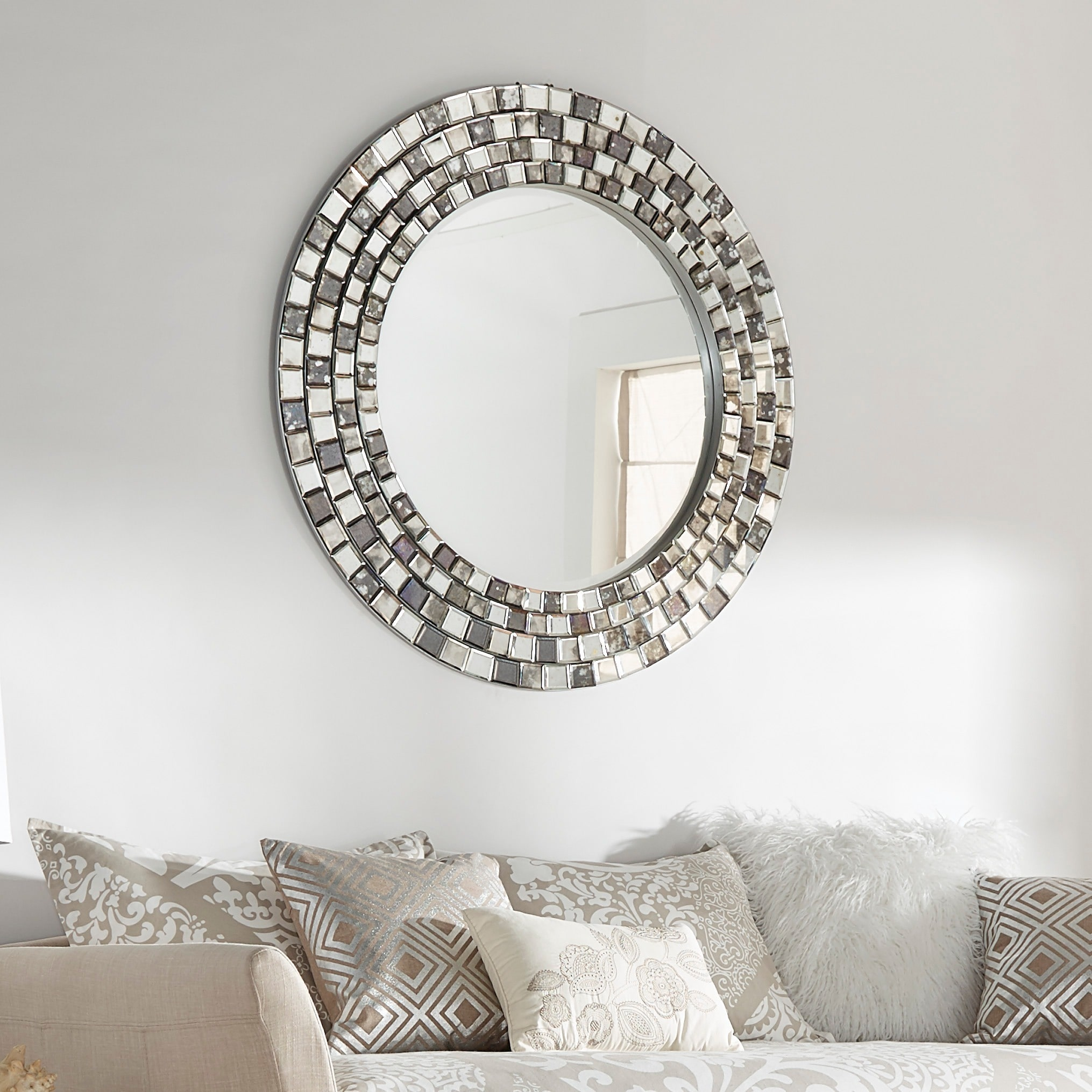 iNSPIRE Q Palmer Frosted Tile Silver Finish Round Accent Wall Mirror by  Bold